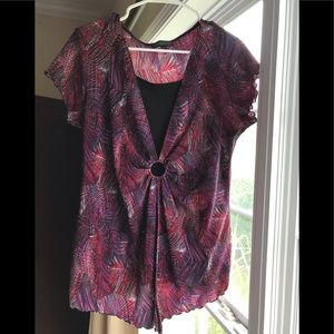 NWOT~Red & Black multicolored top with black liner